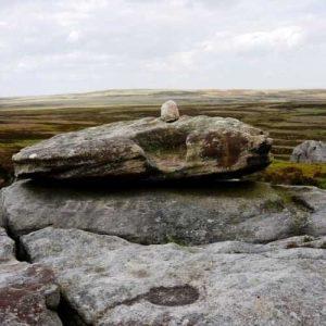 Alcomden Stones alter